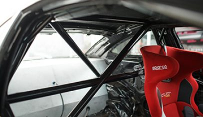 We have experience in customising roll cages to suit drag racing cars, rally cars, circuit cars, street cars and more